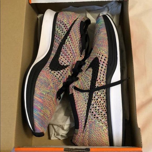 outlet store 3d92e 7890a Nike Flyknit Racer Multicolor Grey Tongue sz 9.5. M 5c4a07af3c98440479541fe9